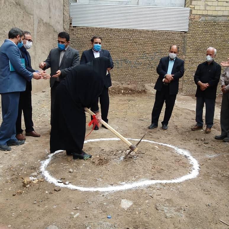 با حضور نماینده مردم شهرستان در مجلس شورای اسلامی، عملیات احداث کتابخانه شهدای گمنام سبزوار آغاز شد